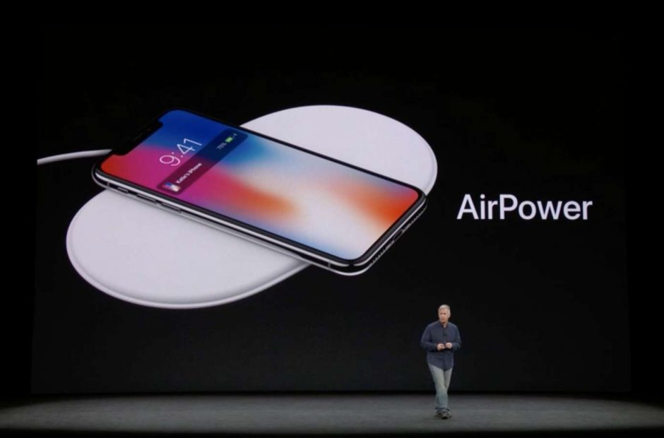 apple-airpower-with-iphone-x-470x310@2x